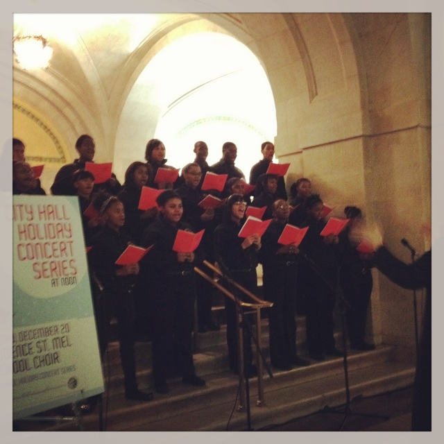 A choir at city hall on my way to the Markt