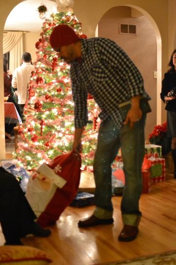 I think Santa has dressed down