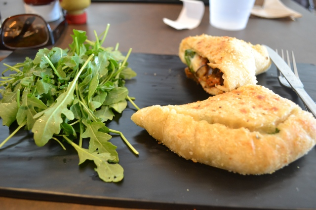 An excellent vegan calzone